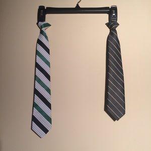2 Boys Clip On Ties ❤️5/$15 deal
